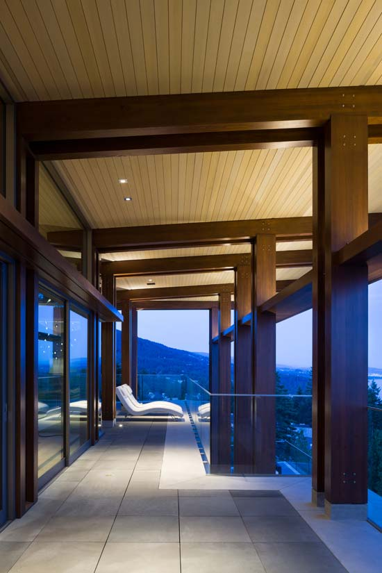 Vista House project using CNC fabricated APA certified douglas fir edgematched glulams.